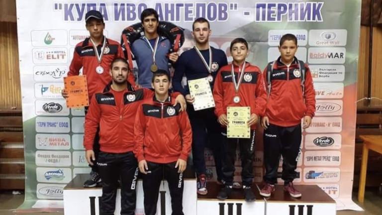 Състезателите по класическа борба на ЦСКА спечелиха пет медала от