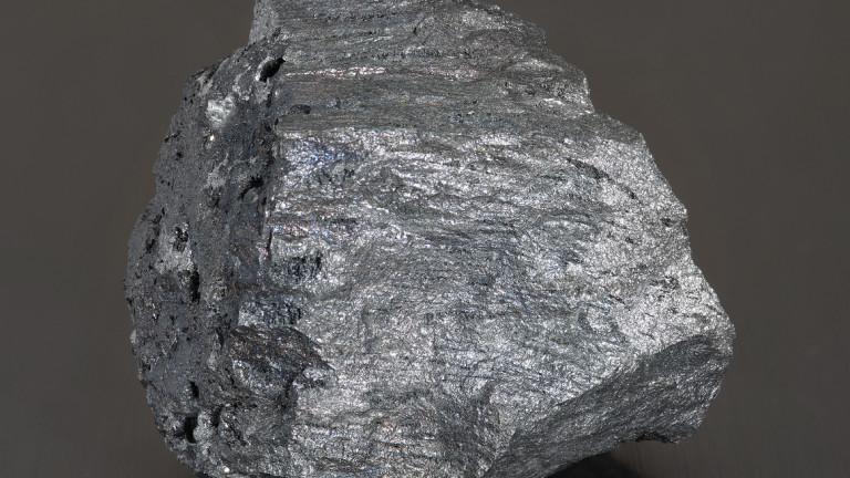 Цената на желязната руда падна до рекордни нива. Темпът продължава