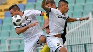 Славия и Ботев се занулиха в един от най-скучните мачове от Първа лига