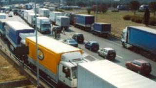 Протестите на превозвачите продължават