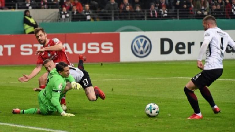 Айнтрахт се класира за 1/2-финал за Купата след класика над Майнц