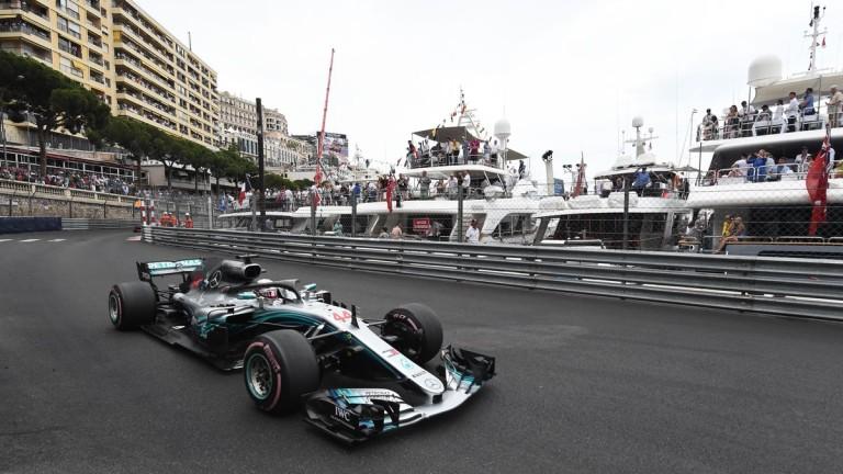 Хамилтън: Най-безинтересното състезание от началото на сезона...