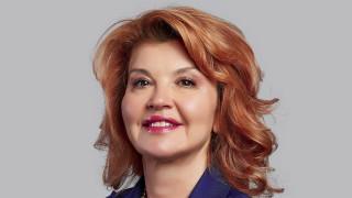 Дама заменя Петър Андронов начело на банките в България