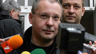 Станишев: Виждаме новата тройна коалиция в София