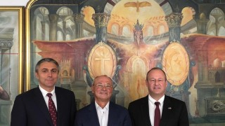 Доган и Карадайъ се срещнали с американския посланик