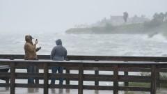 """Ураганът """"Харви"""" връхлетя Тексас"""