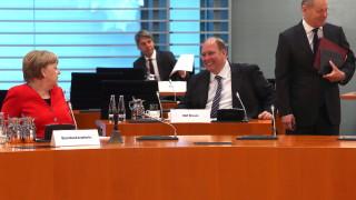 Ваксината против Covid-19 в Германия няма да е задължителна