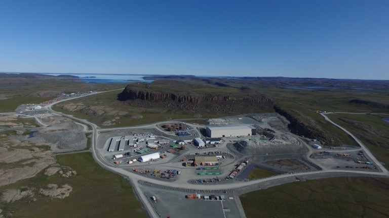 Придобиването на златна мина в канадска Арктика от китайска държавна