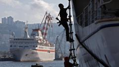 Застреляха двама пирати, опитващи се да отвлекат кораб край Сомалия