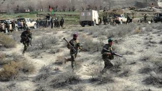 Най-малко 13 загинали при самоубийствен атентат северно от Кабул