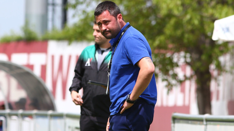 Треньорът на Спортист (Своге) подаде оставка