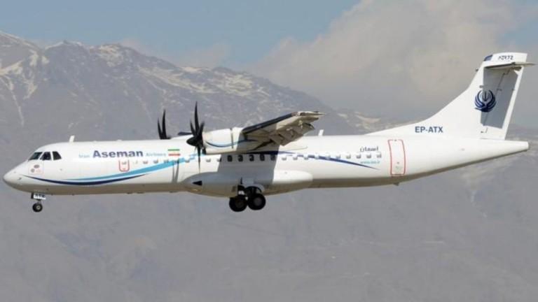 Пътнически самолет падна в Иран