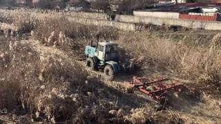 В Ямбол разчистват коритото на Тунджа от растителност