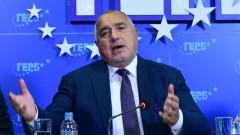 И зеленият сертификат впрегнат, за да спечели Радев изборите, убеден Борисов