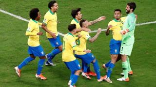Драма с дузпи прати Бразилия на полуфинал