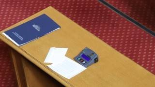 Лошите депутати и добрите гласоподаватели