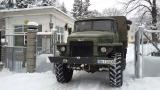 С роторни снегорини военни продължават да отварят пътища