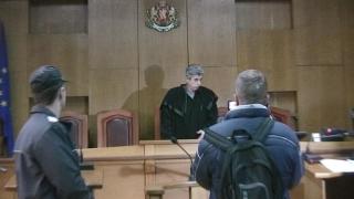 Обсъждат екстрадиция за румънец, съден за измама