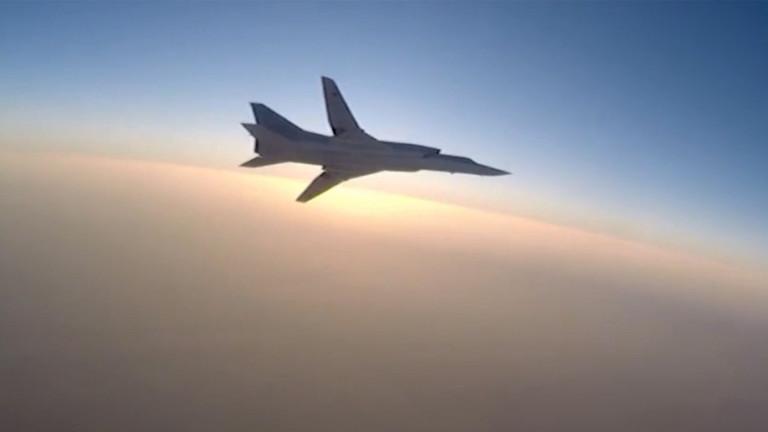 Руски бомбардировач Ту-22М3 се е разбил в Мурманска област, съобщиха