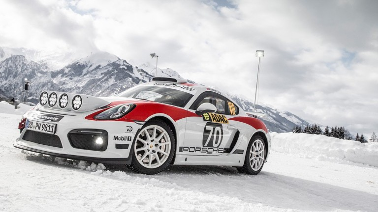 Снимка: Porsche се завръща в рали състезанията със 718 Cayman GT4