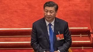 Си Дзинпин: Военните да са готови за нестабилна ситуация и стратегическо възпиране
