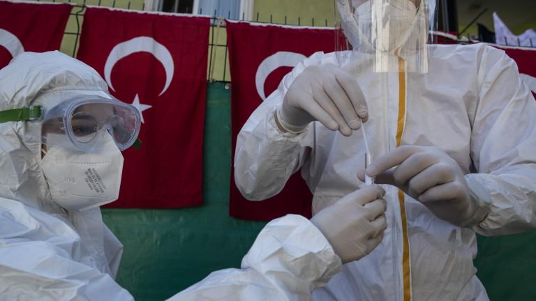 Тридневен комендантски час въвеждат в Турция