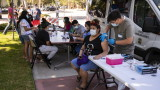 Половината от населението на САЩ е напълно ваксинирано срещу COVID-19