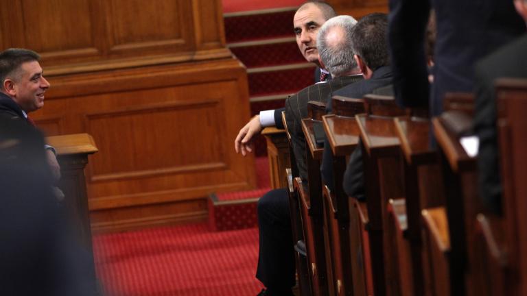 "Сидеров остана без имунитет за Батак и ""Извини се бе"""