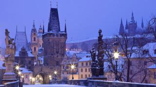 Четирима ранени след срутване на мост в Прага