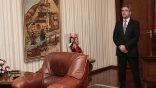 Плевнелиев пита КС може ли да насрочва нови избори, без да разпуска НС