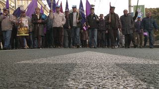 КНСБ: Отменяме протеста на кремиковските работници