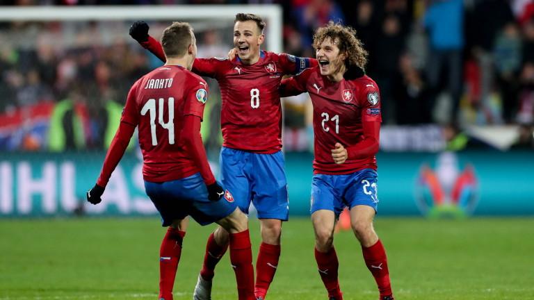 Капитанът на Чехия ще е на линия за мача с Дания