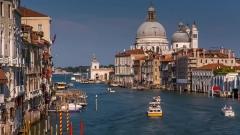 Венеция се бори сама да харчи парите си, не да се отделя от Италия