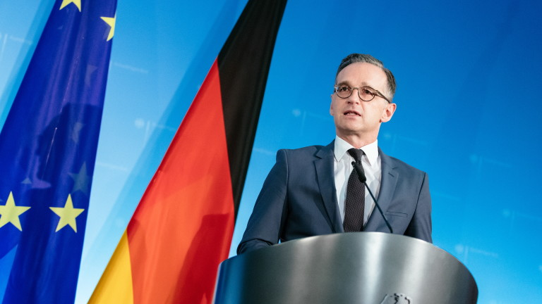Берлин настоява за ново начало в НАТО след критиките на Макрон