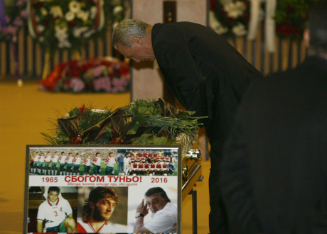 България изпрати легендата Трифон Иванов (СНИМКИ)