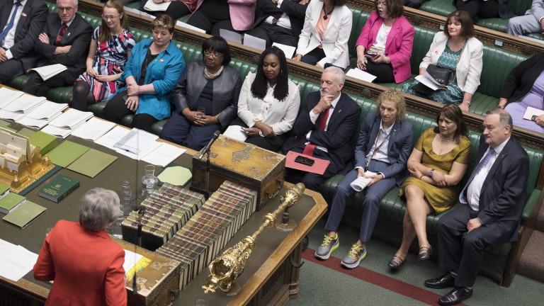 Преговорите между премиера на Великобритания Тереза Мей и опозиционната Лейбъристка