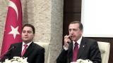 От НАТО трябва да са щастливи, укрепваме сигурността със С-400, обяви Ердоган