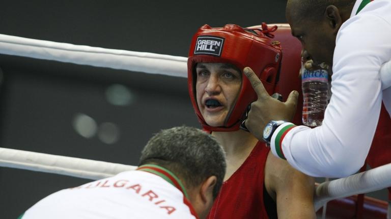 Българската националка Деница Елисеева загуби 1/8-финалната си среща в кат.
