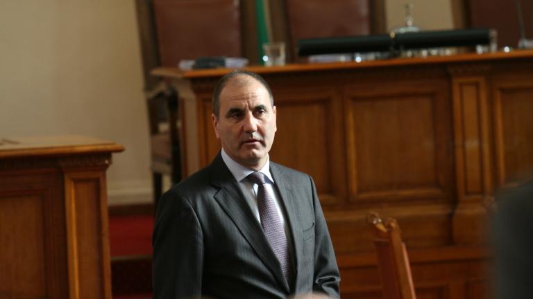 Няма договорка между ГЕРБ и ДПС, увери Цветанов
