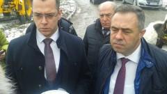 Заместник на Нено Димов и служители от МОСВ на разпит; Касапинът на Андрея си купил маратонки с парите й