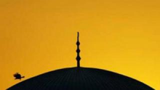 Пореден атентат срещу религиозен храм в Ирак