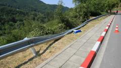 Заради проби от асфалта временно ограничават движението по пътя София-Мездра