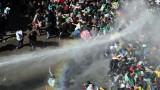 Един милион души протестираха в столицата на Алжир срещу президента Бутефлика