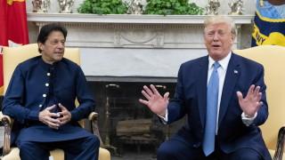 Пакистан се отказва от ядрените оръжия, ако Индия също го направи