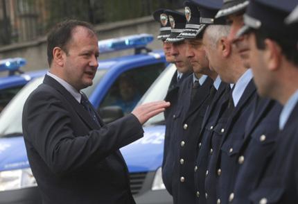 Миков не изключва бивши полицаи да са сред похитителите на Киров