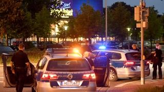 Евакуираха мол в Бремен заради алжирец екстремист