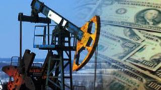 Суетнята на политиците се оказва безсилна пред главоломните цени на петрола