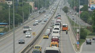 Подготвят терен за голям паркинг в центъра на Варна