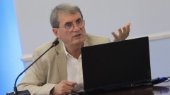 Доц. Христо Хинков: Лошият здравен статус е причина за високата смъртност на българина