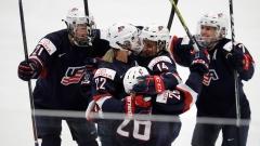 Дамите на САЩ с четвърта поредна световна титла в хокея на лед